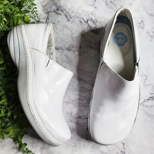 Timberland Professional White Patent Leather Clogs